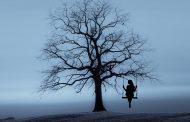 Kızı Ölmüş Bir Yalnızlık İçinde