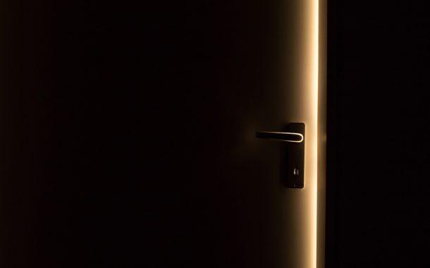 O Kapıyı Kapa